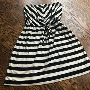 Summer dress 🔳 black and white